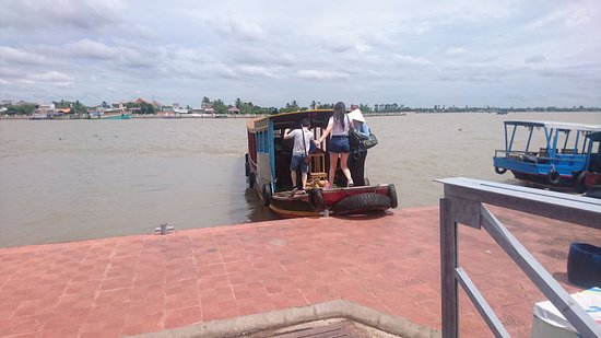 Mekong River Tourist: A new boat of mekongrivertourist