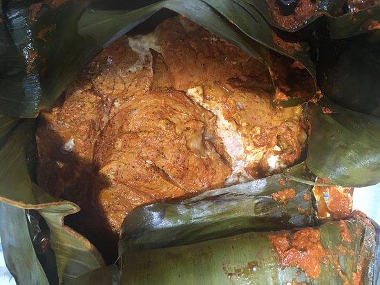 Taman: La Cochinita Pibil es nuestra consentida. La preparamos por encargo, mínimo con 24 horas de aviso.