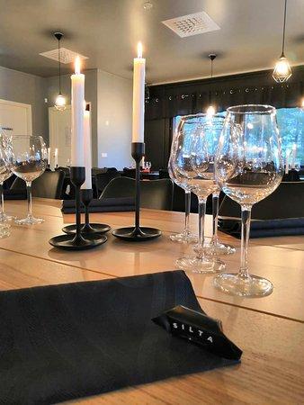 Pöydät katettu