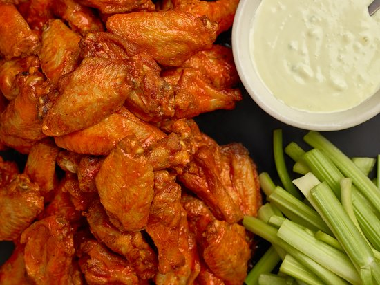 Plantsville, CT: Best Wings in Connecticut