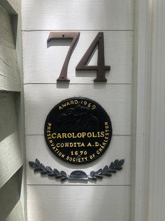 Charleston's Alleys & Hidden Passages Guided Walking Tour: Awards that are given by the Preservation Society to houses that are period correct and maintained that way by their owners.