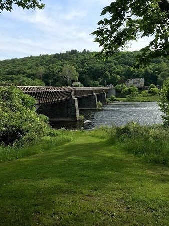 Lackawaxen, PA: Roebling Aqueduct Bridge