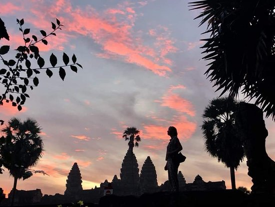Cambodia Adventure Guide - Private Day Tours: Angkor Wat is amazing trip.