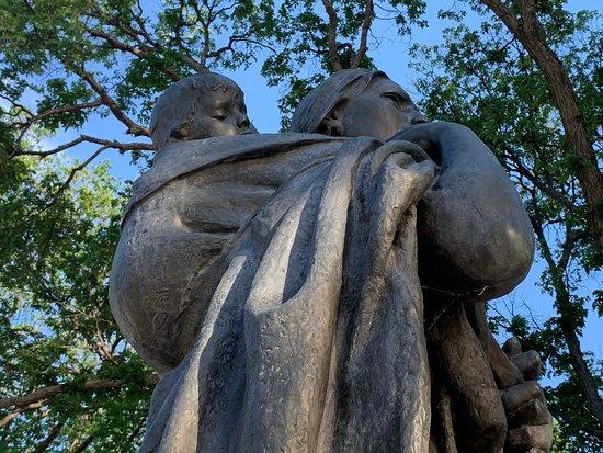 Sakakawea Statue