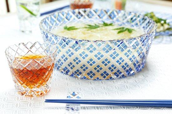 KAGAMI Palace Shop: 夏にぴったりのそうめん大鉢&猪口。江戸切子を施した食器は、食卓に穏やかな華やぎを与えてくれます。