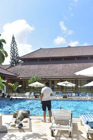 Comfortable Hotel to Stay as long you holiday in Bali. Also near to the beach.