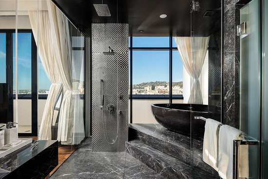 Dream Hollywood: Guest room