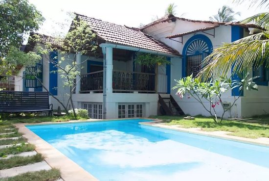 Aldona, Indie: our beautiful villa with the swimming pool!