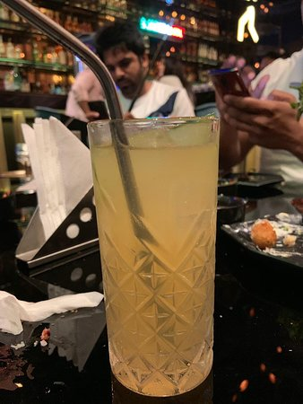 Liv Bar at Aerocity, Delhi