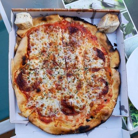 Gepetto - El Penoncillo: Pizza salame