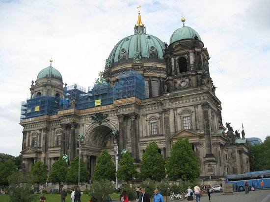 Berliner Dom: Veduta esterna del Duomo