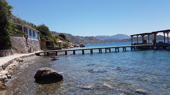 Karia Bel' Bozburun: Beach House 12 numaralı oda ve önündeki iskele