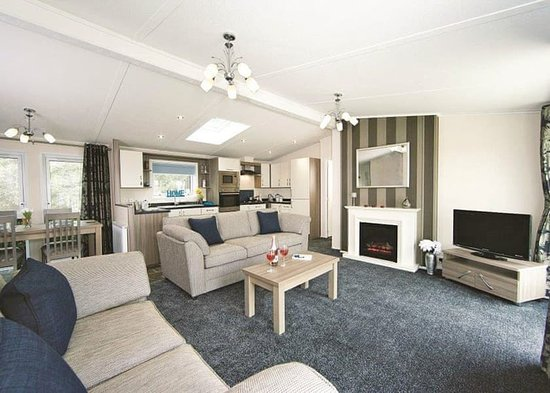 Tan Rallt Luxury Holiday Park: Valley View Lodge - Living Area