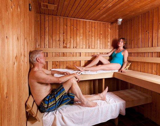 Tan Rallt Luxury Holiday Park: The Retreat Spa & Gym - Sauna
