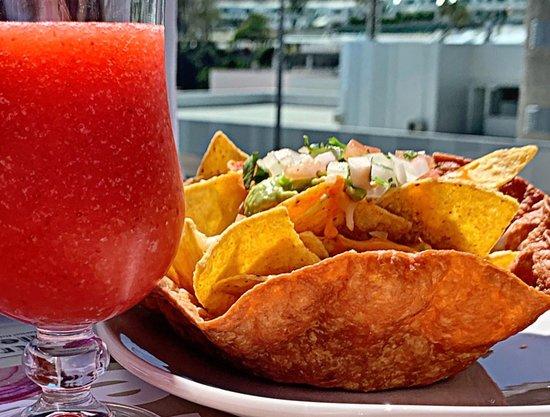 The Market Puerto Rico: From Gastro Gallery to Mexico! ... Some Nachos Supreme and Margaritas from La Taquería?