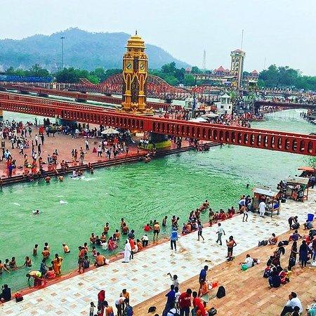 Mahendra Travel: Auto con autista Rajasthan con AGRA varanasi Kolkata