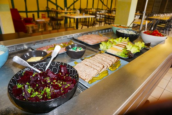 La Ferriere Aux Etangs, Francúzsko: Notre buffet d'entrées maison