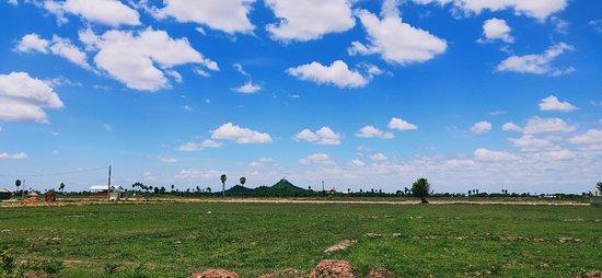 Sophoarn Tuk-Tuk Tours in Phnom Penh: Oudong Mountain