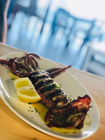 Agia Fotia Taverna: Άγια Φωτιά Ταβέρνα