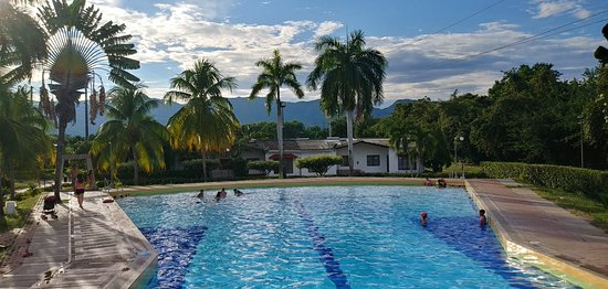 Flandes, โคลอมเบีย: piscina olimpica