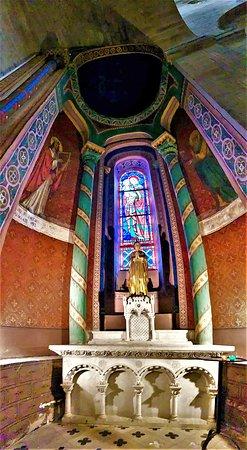 Saint-Martin de Brive, appelé aussi Saint Martin l'Espagnol, martyrisé et mort à Brive au 5ème siècle, était un disciple de Saint-Martin de Tours.