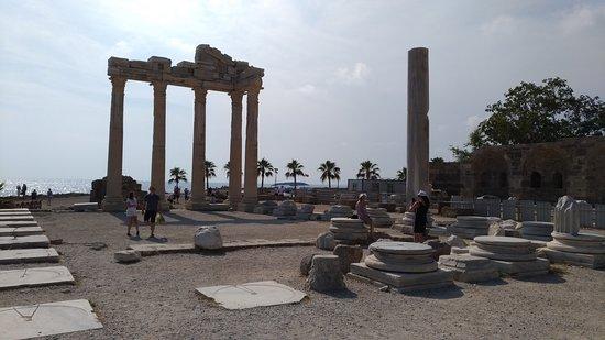 Side, Törökország: Ünlü Apollon Tapınağı