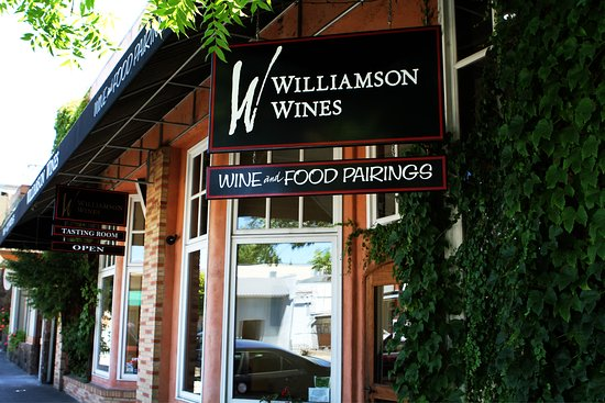 ‪Williamson Wines Tasting Room‬