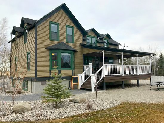 Bergquist House Tavern and Escape Rooms at Aspen Crossing Spring 2019
