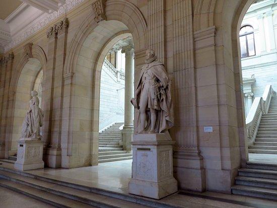 Biblioteca Nacional de España: la hall della biblioteca