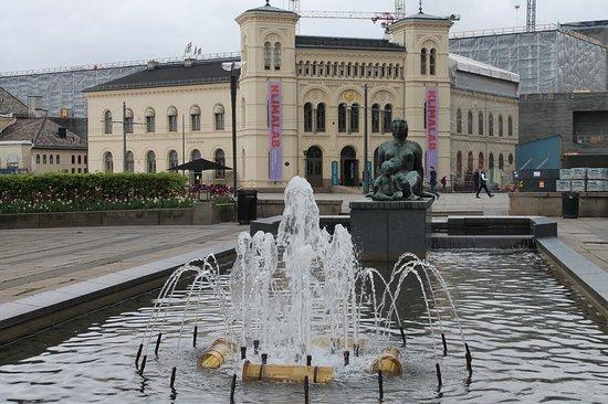 Radhusplassen
