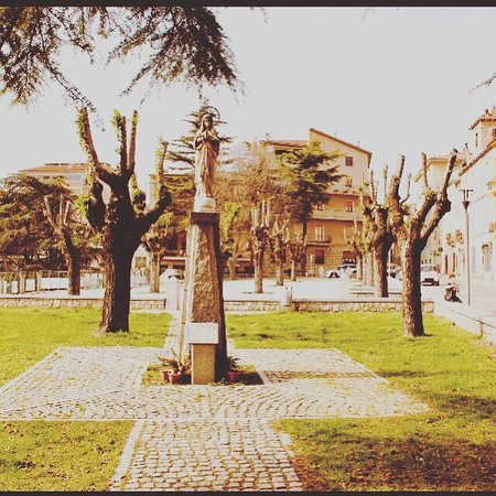 Piazza La Madonnina