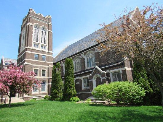Pilgrim Congregational Church of Duluth