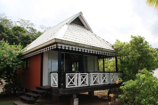 "Atuona, เฟรนช์โปลินีเซีย: Terrasse du bungalow ""Heikaùpe"""