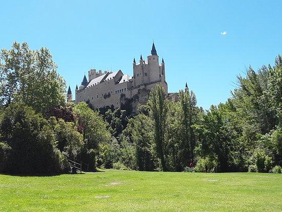 Drie steden op één dag: Segovia, Ávila en Toledo vanuit Madrid: Segovia alcazar