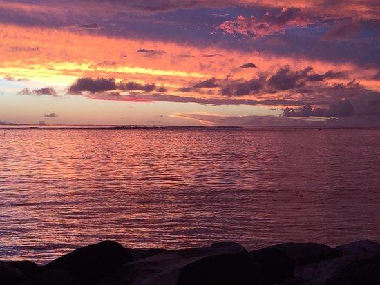 Maitai Lapita Village Huahine: Gorgeous sunsets!