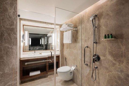 Shangri-La's - Eros Hotel, New Delhi: Deluxe King
