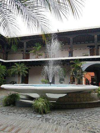 Carve your own jade jewel in Antigua – snímka