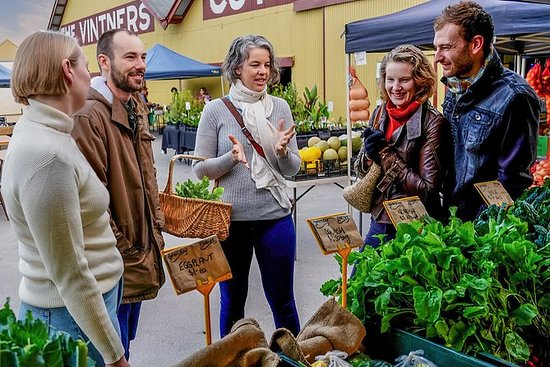Barossa Farmers Market Walking Tour