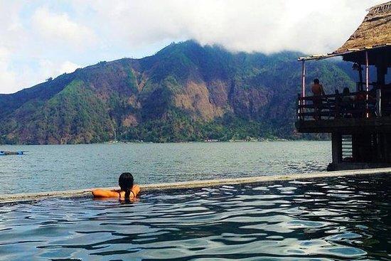 Batur Natural Hot Spring y Ubud Day Tour