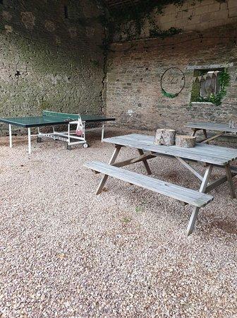 Saint-Martin-des-Besaces, Francia: Ping Pong