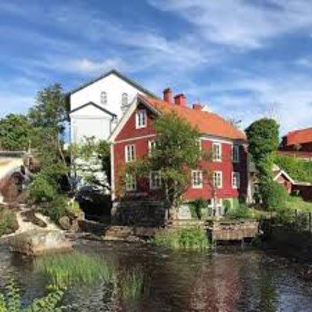 Ronneby, Sverige: Konstgalleri och trägårdskafé