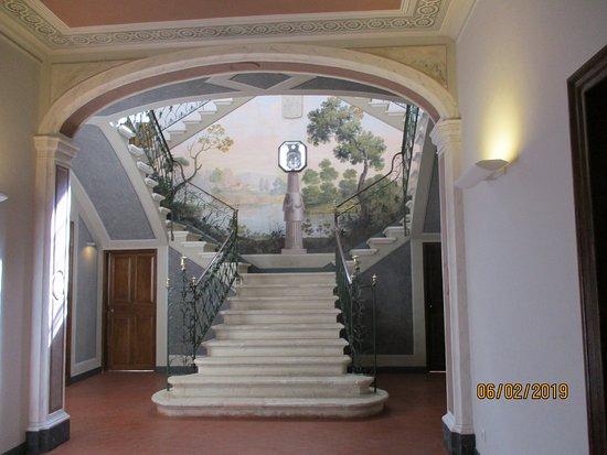 Centre D'art I D'historia Hernandez Sanz