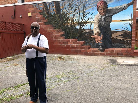 Harriet Tubman Museum and Mural