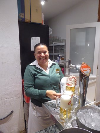 Hotel Jardin Tecina: Excellent, welconing service with a smile from this lady. The hotel is lucky to have her.