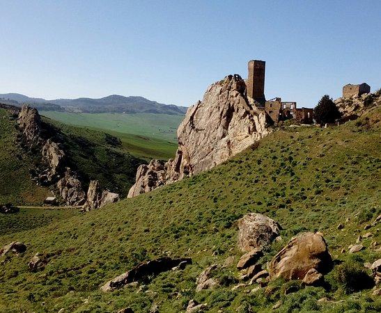 Province of Enna, Italië: Il castello nello roccia!
