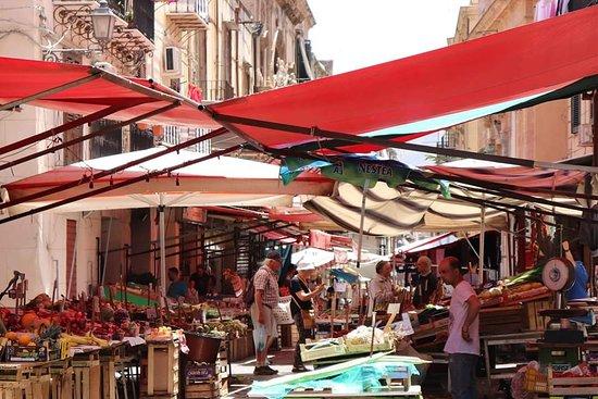 Capo Street Market
