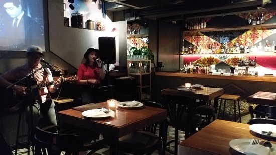 Bindaas Bar + Kitchen: LIVE BAND
