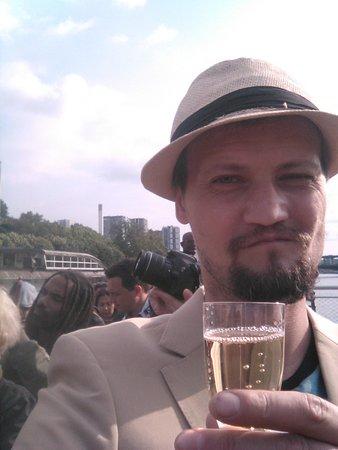 Seine River: Шампанское на яхте