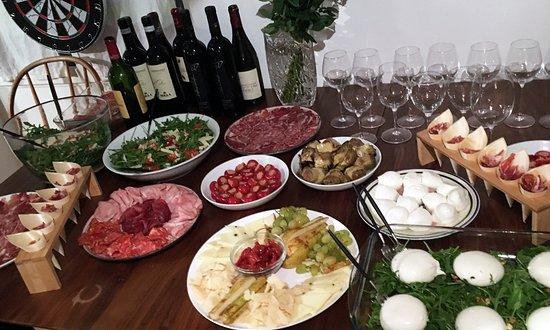 Fromages et charcuterie AOP importés d'Italie - Antipasti et aperitivi!