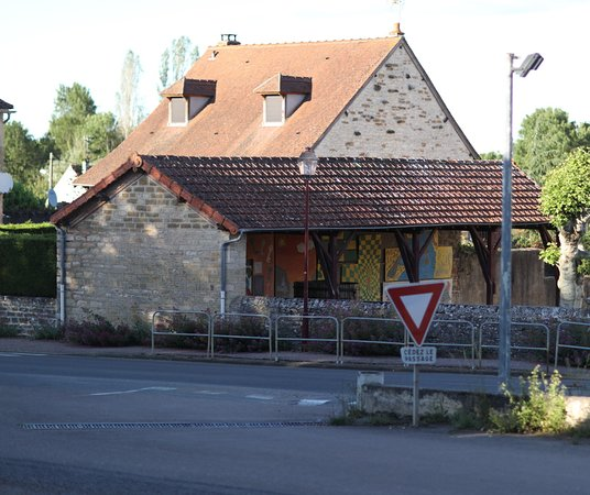 St Boil, ฝรั่งเศส: Pour les amoureux de fresques, c'est ici !